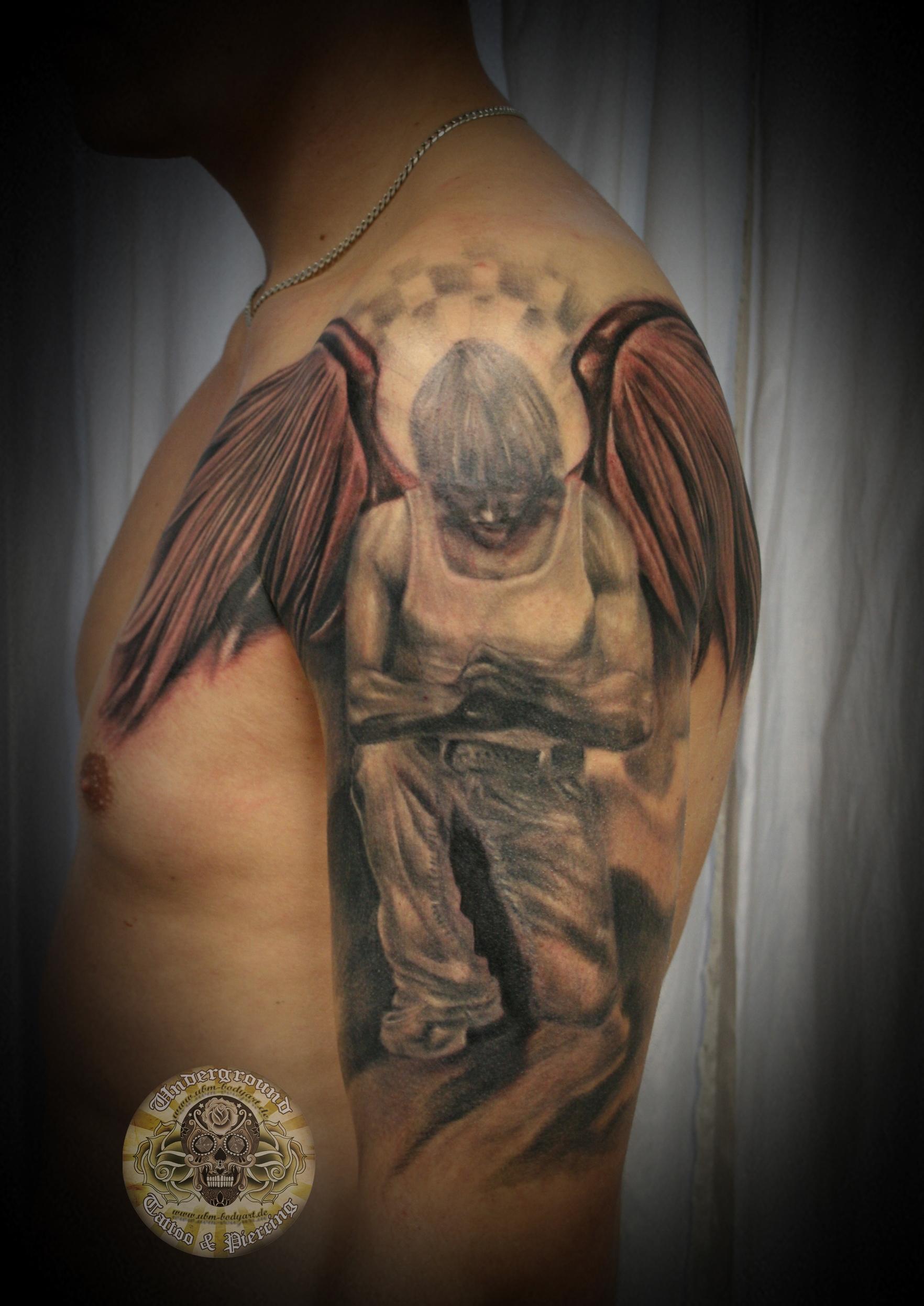 Красивое фото тату ангел